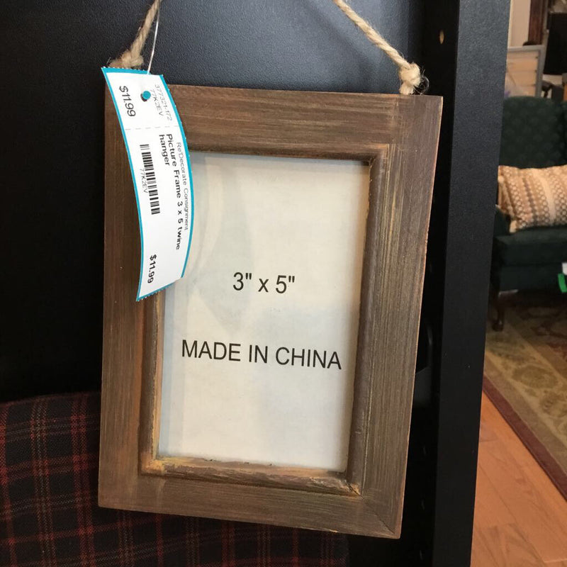 Picture Frame 3 x 5 twine hanger - Redecorate Consignment