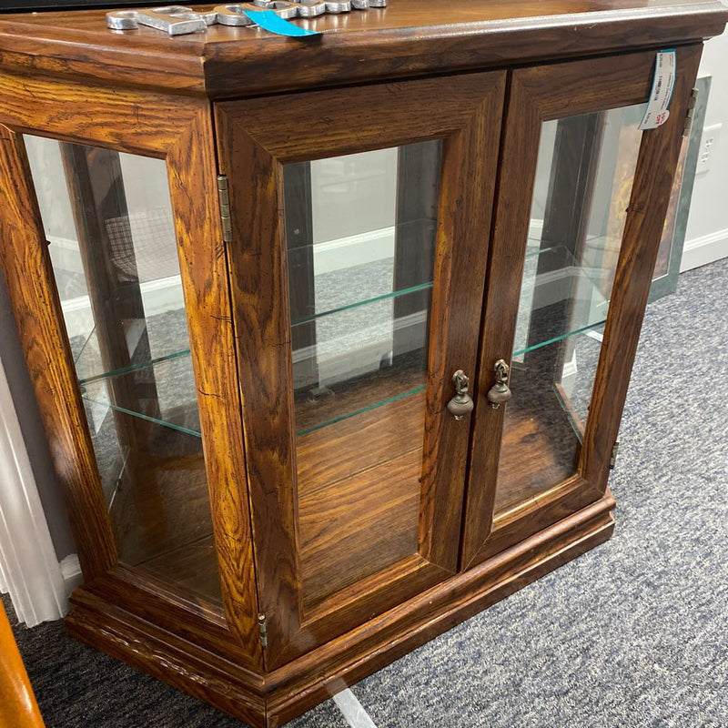 Tabletop Curio Cabinet - Redecorate Consignment