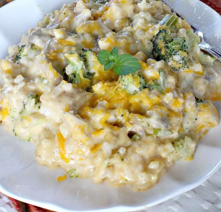 Cheesy Chicken and Rice Casserole with Broccoli