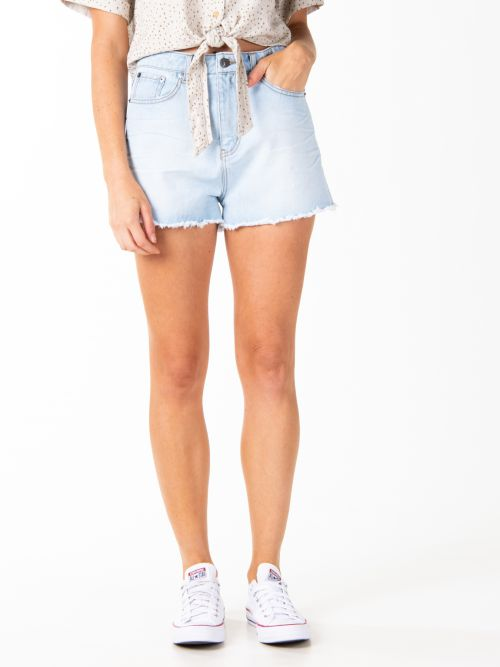 RU PENNY KICK FLARE DENIM SHORT