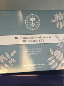 NYR Frankincense Skincare Kit 4 pcs