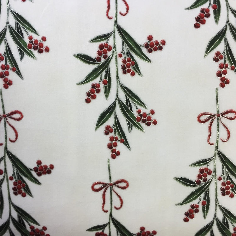 holly print on ivory