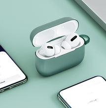 Load image into Gallery viewer, TORRAS Airpods Pro Case-Play With Color