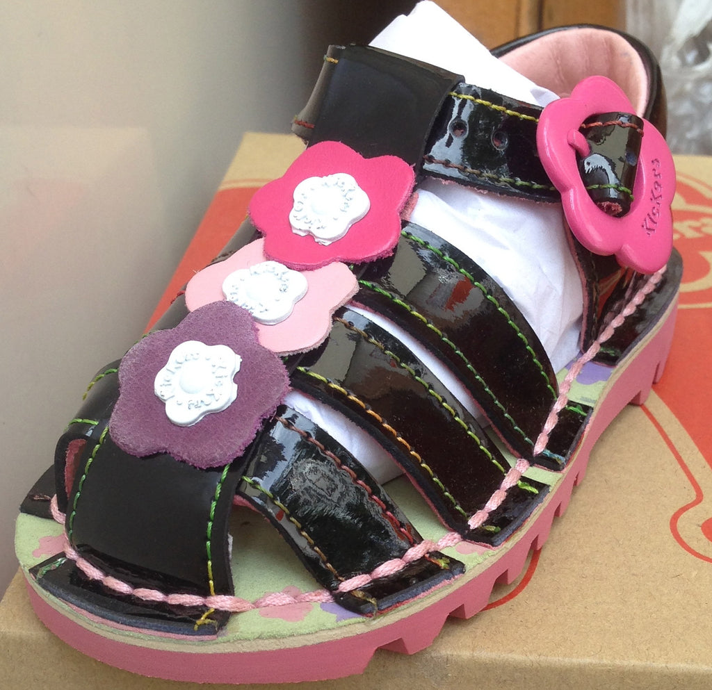 Kickers Kick Petal Sandals (Black And Pink)