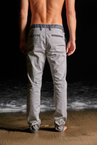 Summer Layer Chino (silver/charcoal)