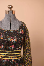 Load image into Gallery viewer, Floral 1970s Black Floral Peasant Boho Dress, M