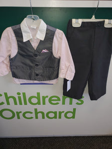Size 18M Starting Out 3p suit