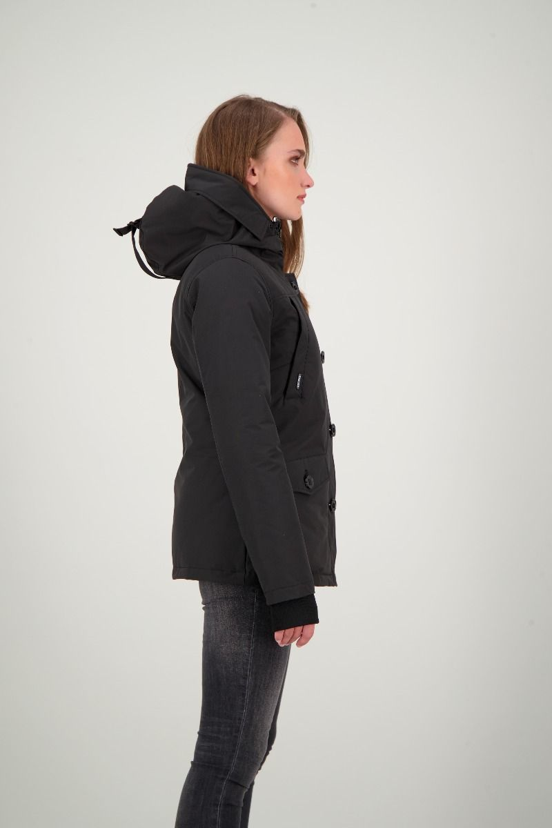 BLAKE PARKA                         True Black