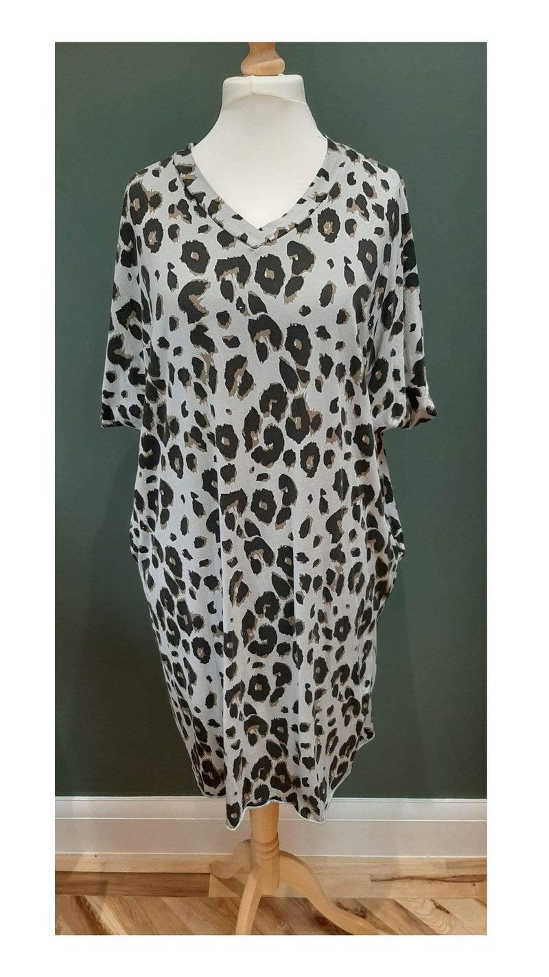 Leopard T-Shirt Dress with Pockets - Grey