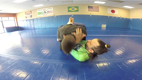 "Cross Collar Choke with an ""Extra Twist"""