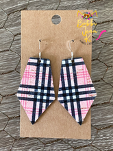 Load image into Gallery viewer, Pinkberry Plaid Pointed Pentagon- Small & Large Size Options