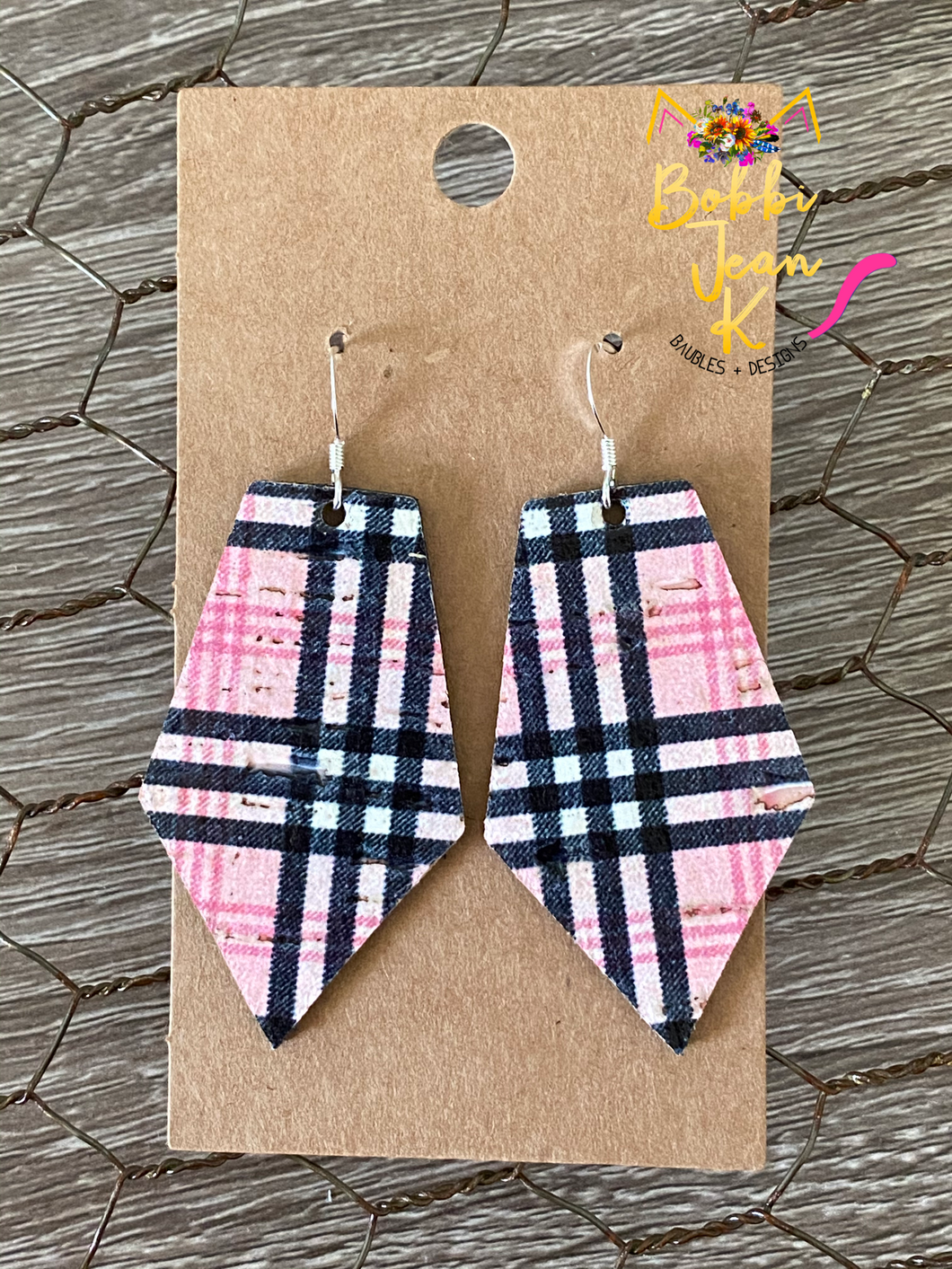 Pinkberry Plaid Pointed Pentagon- Small & Large Size Options