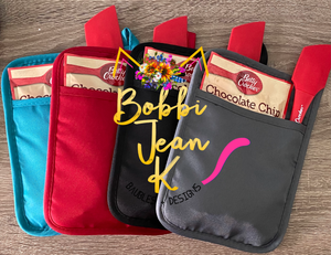 School Admin Bake the World a Better Place Pot Holder Gift Set