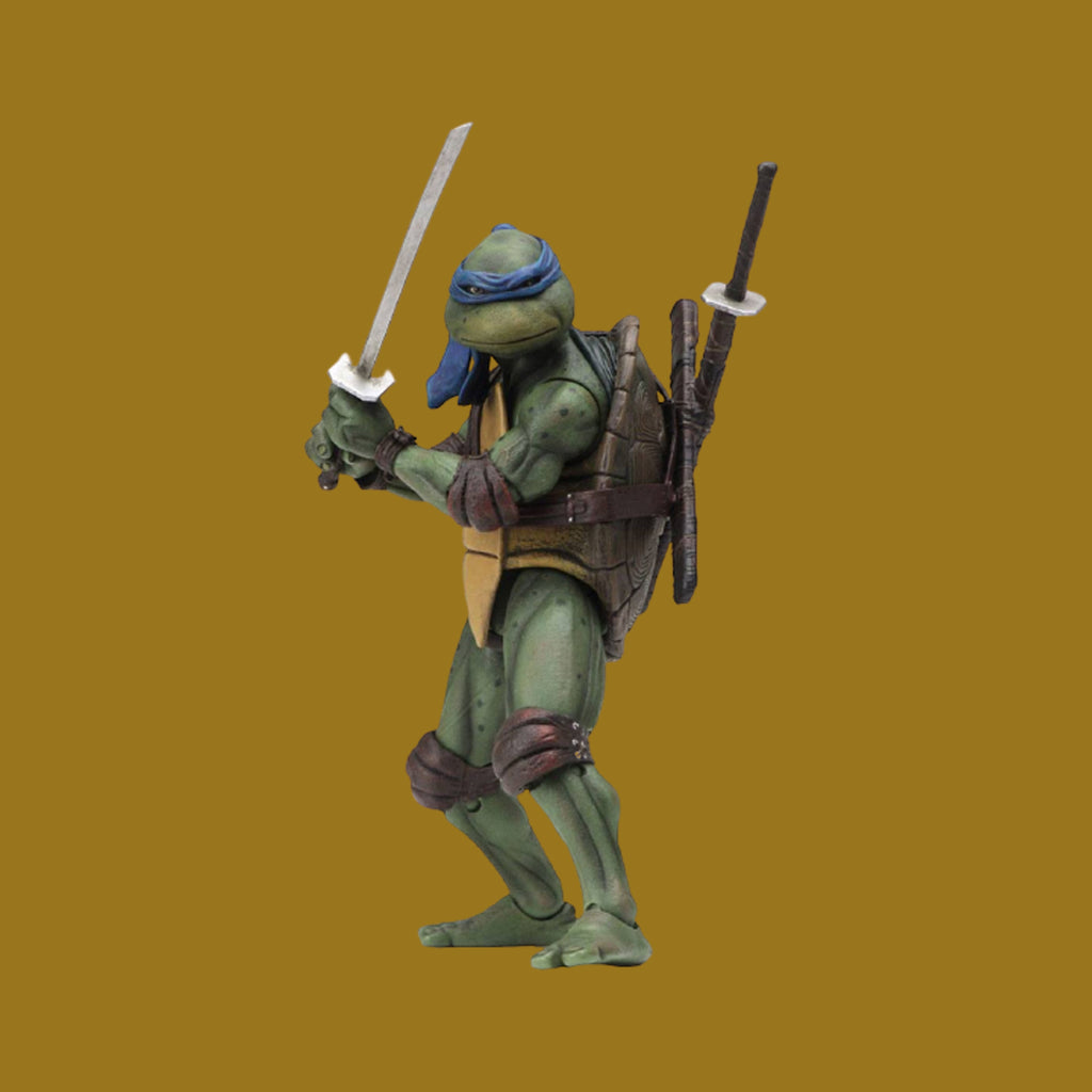TEENAGE MUTANT NINJA TURTLES x NECA - 1990 MOVIE ACTIONFIGUR LEONARDO 18CM