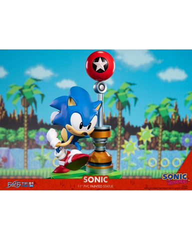 FIRST 4 FIGURES - SONIC THE HEDGEDOG PVC (28CM)