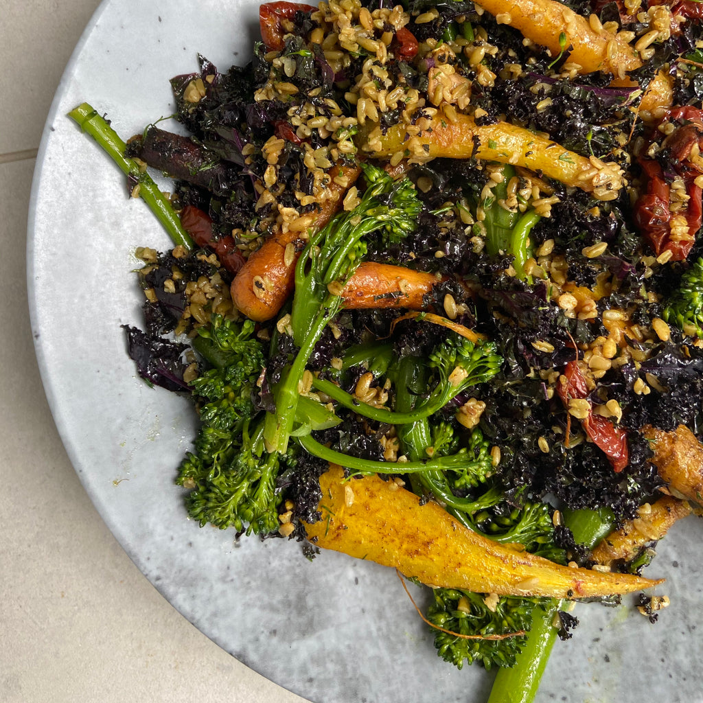 Spiced heritage carrots, freekah, kale and tenderstem broccoli