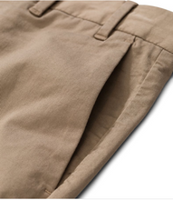 Laden Sie das Bild in den Galerie-Viewer, Aros Slim Light Stretch utility khaki