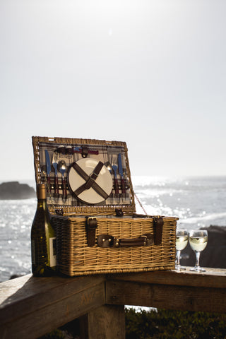 Bristol Picnic Basket (Navy Blue & Burgundy Plaid Pattern)