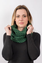 Load image into Gallery viewer, Vintage Diamond Snood