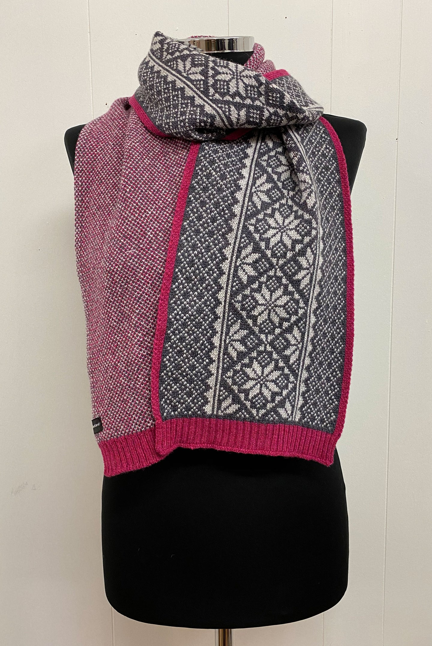 Vintage Fair Isle Border Scarf