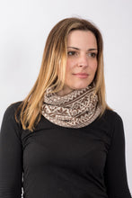 Load image into Gallery viewer, Vintage Fair Isle Snood