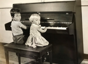 Children playing a musical instrument really benefit ?
