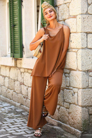 Women's Tie Back Ginger Top Pants Set