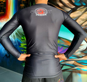 10PD Mountain Rash Guard