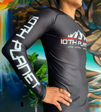 Load image into Gallery viewer, 10PD Mountain Rash Guard
