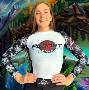 Women's Cut 10PD White Belt Rash Guard (Long Sleeve)