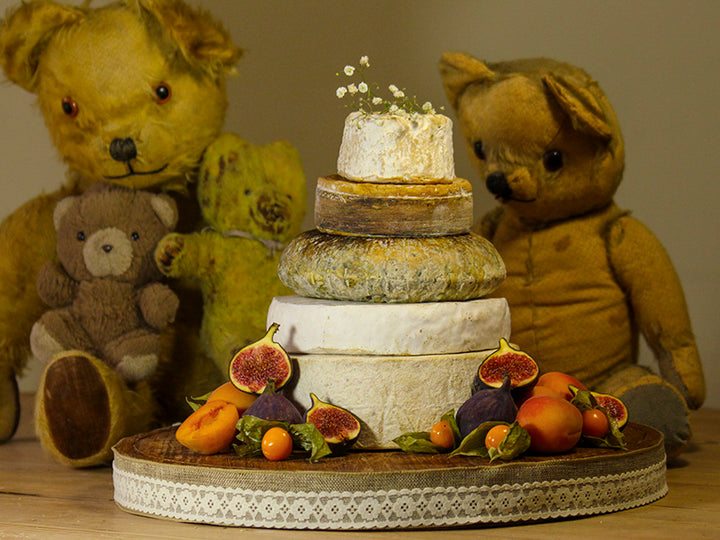 Thinking of a Cheese wedding cake? Insider tips revealed