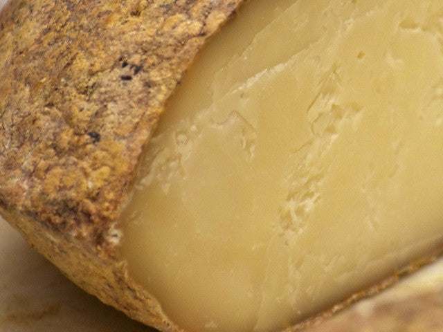 Berkswell Cheese is available from the Cotswold Cheese Company. A local Cotswolds shop in the heart of the Cotswolds