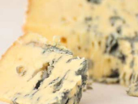 Perl Las Blue Cheese is available from the Cotswold Cheese Company. A local Cotswolds shop in the heart of the Cotswolds
