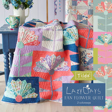 Load image into Gallery viewer, Fan Flower Quilt Kit