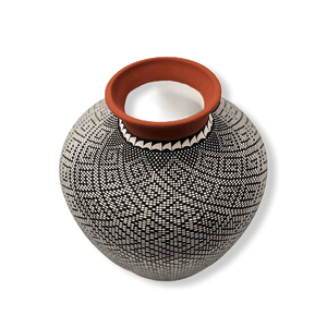 Acoma Antonio Eye Dazzler Pot by Melissa Antonio