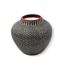 Load image into Gallery viewer, Acoma Black & White Pot by Melissa Antonio
