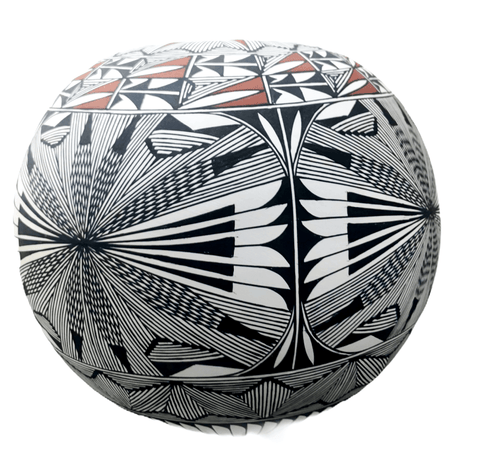 Image of Acoma Fine Line Seed Pot