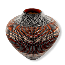 Load image into Gallery viewer, Acoma Large Pot by Melissa Antonio