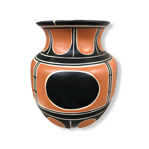 Image of Kewa Tradional Vase By Thomas Tenorio