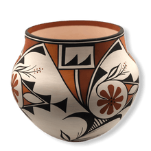 Load image into Gallery viewer, Large Traditional Acoma  Pot