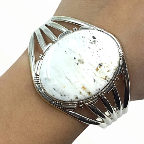 Image of Native American Bracelet - Large Navajo White Buffalo Round Stone Sterling Silver Cuff Bracelet - LMY - Native American