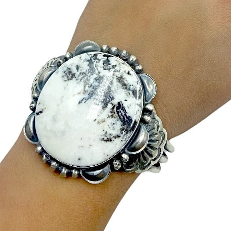 Native American Bracelet - Navajo Large White Buffalo Circle Stone Scalloped Border Sterling Silver Cuff Bracelet - Mary Ann Spencer - Native American