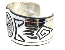 "Load image into Gallery viewer, Native American Bracelet - Navajo ""Man In The Maze"" Bracelet - C. Peterson"
