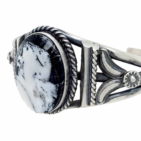 Image of Native American Bracelet - Navajo White Buffalo Stone Twist-Wire Sterling Silver Cuff Bracelet - Samson Edsitty - Native American
