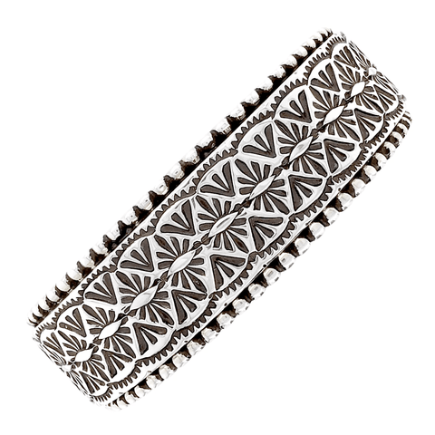 Image of Native American Bracelet - Stunning Deep-Set Stamped Heavy-Guage Sterling Silver Bracelet - Nez