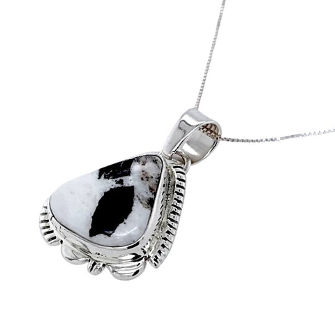 Image of Native American Necklaces & Pendants - Navajo White Buffalo Pendant Necklace - L. Yazzie - Native American