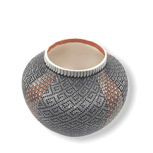 Load image into Gallery viewer, Acoma Eye-Dazzler Pot by Melissa Antonio