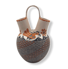 Load image into Gallery viewer, Acoma Bird Wedding Vase by M. Antonio