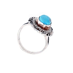 Native American Ring - Kingman Turquoise Ring With Twisted Silver Details