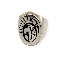Load image into Gallery viewer, Native American Ring - Navajo Sterling Silver Ring With Bear Detail